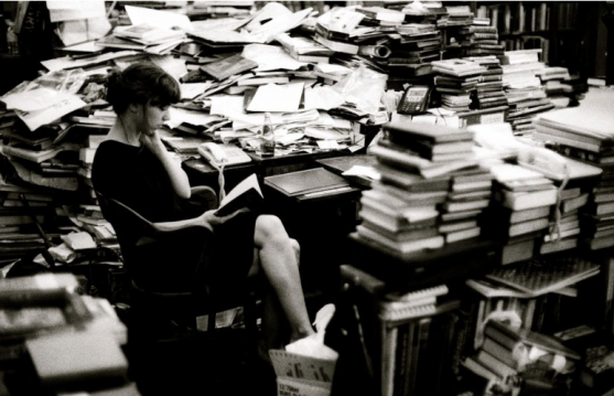 surrounded-by-books1